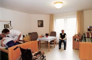 Pflege im Bewohnerzimmer